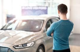 Auto: più di 2 mesi per sceglierla, 3 anni e mezzo per pagarla